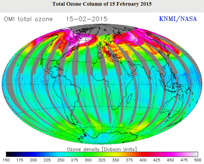 Ozone accumulations over magnetic intensity highs in Canada and Siberia